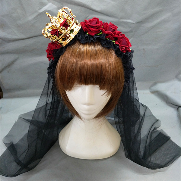 Gold Crown (with veil)